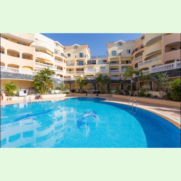Rent Apartments In A Luxury Complex Parque Tropical, Los